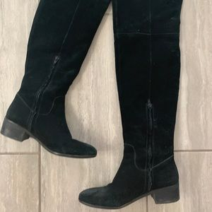 Dolce Vita Knee High Black Boots ✨